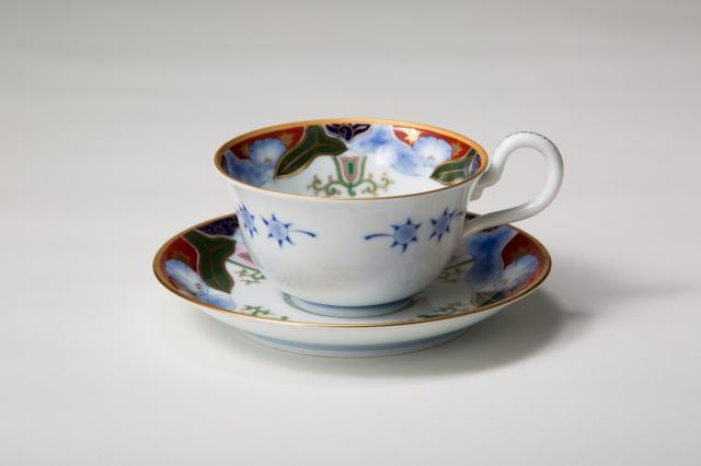 染錦朝顔 反型紅茶碗皿
