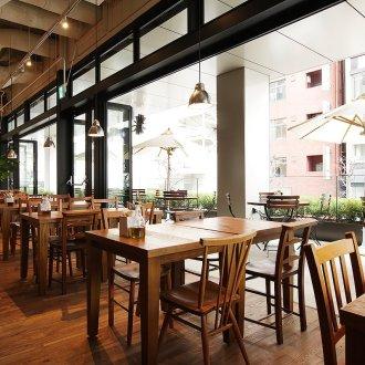 渋谷 Royal Garden Cafe